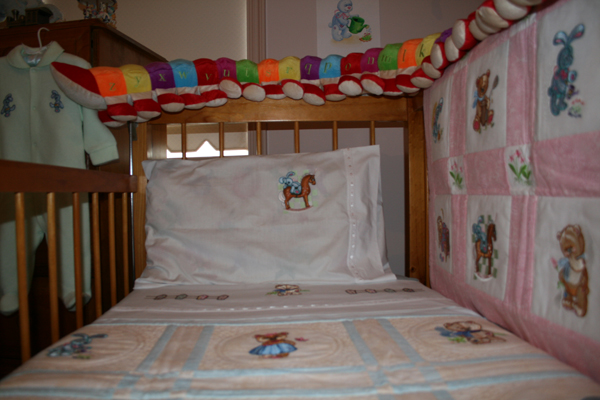baby blanket with machine embroidery old toys