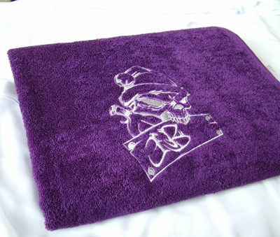 towel with free scill embroidery design
