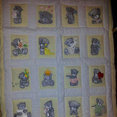 Teddy Bear quilt with machine embroidery design