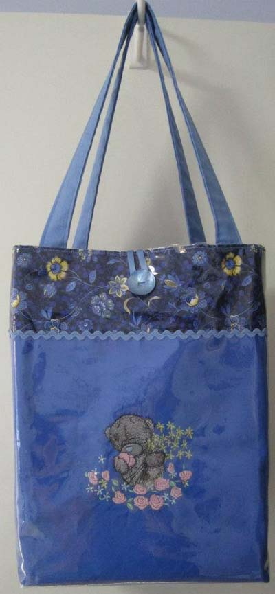 Tote bag with Teddy Bear machine embroidery design