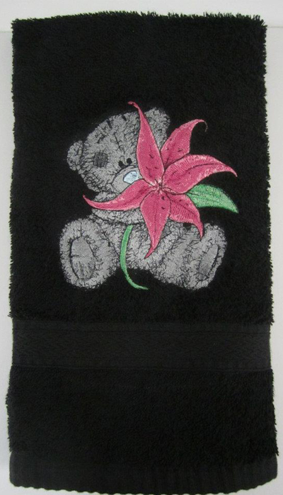 Towel With Teddy Bear Machine Embroidery Design